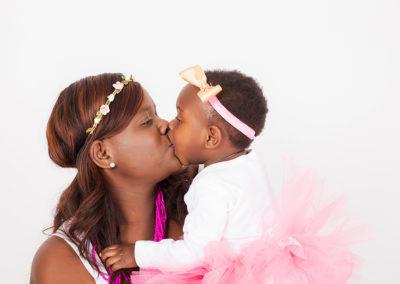 Aisha Kanyemba Cake Smash Photo Session
