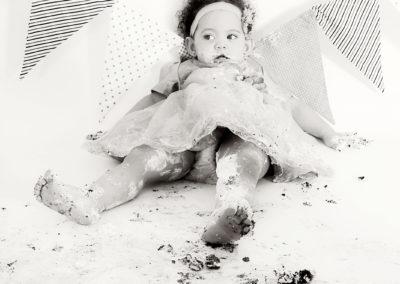 Jaelynn Claasen Cake Smash Photo Session